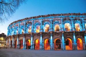 Les Arènes de Nîmes illuminées